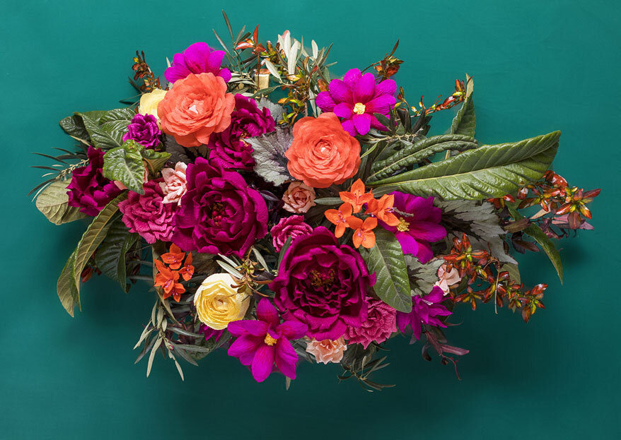 A arte de bem florir o seu casamento é com a Flores de Papel