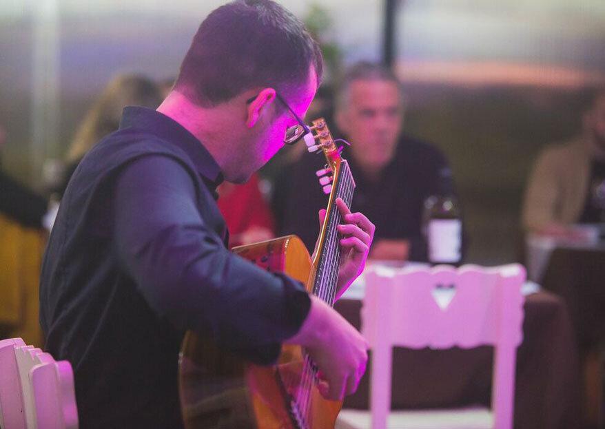 Wedding Guitar: um casamento idílico ao som das cordas e ao tom dos noivos